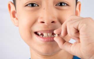 Во сколько лет меняются зубы у детей