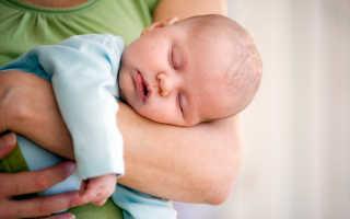 Почему малыш спит только на руках