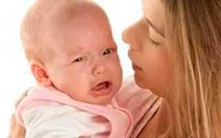 Почему грудничок не берет грудь плачет
