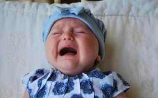 Почему малыш просыпается ночью с плачем