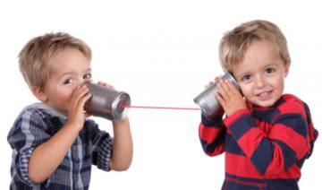 Во сколько лет дети начинают говорить