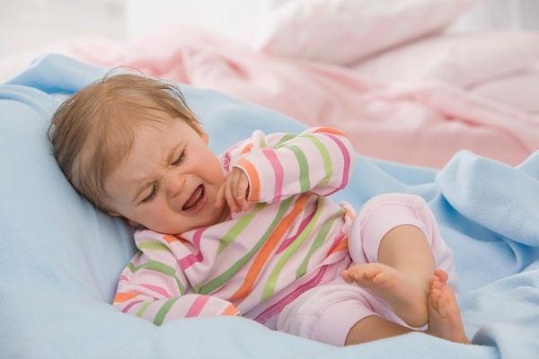 Почему в 4 месяца ребенок плохо спит